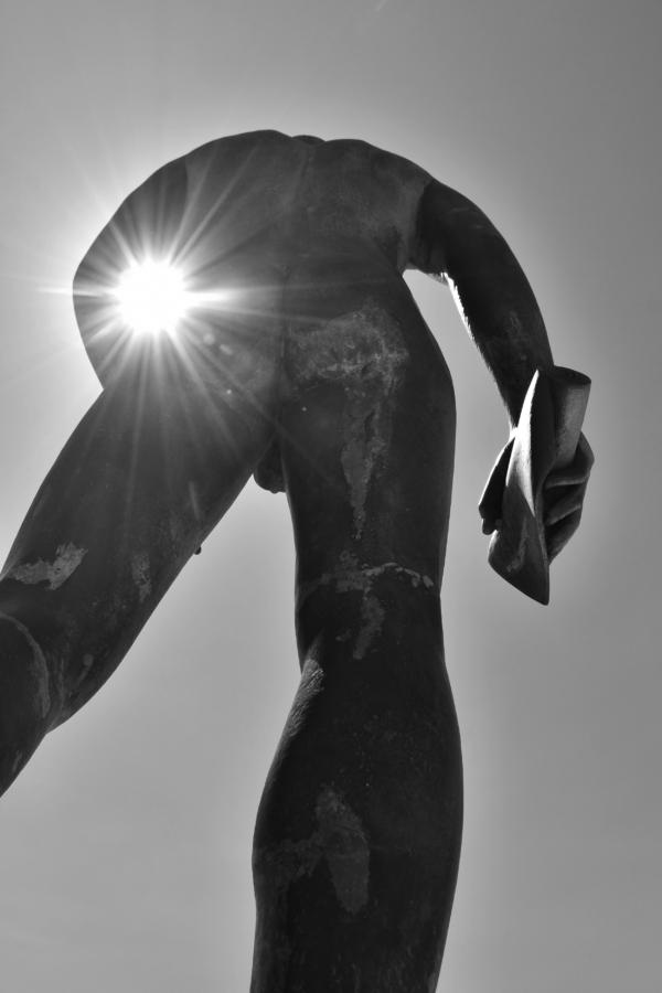 14_Rupert_Brooke's_Statue_Skyros_Greece_2017