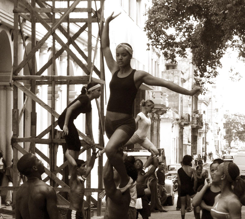 3_Street_Ballet _Havana_Cuba_2006
