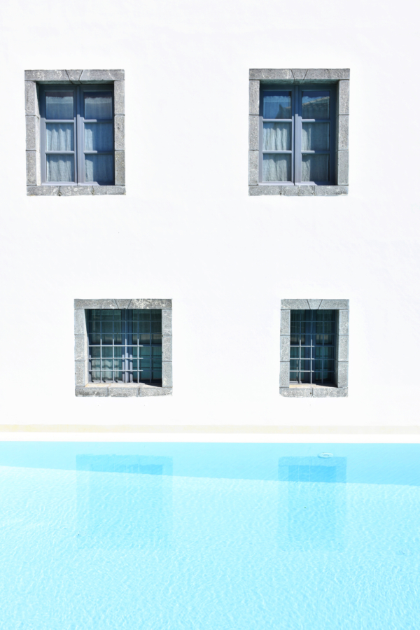 Windows_by_the_Pool_Spetses